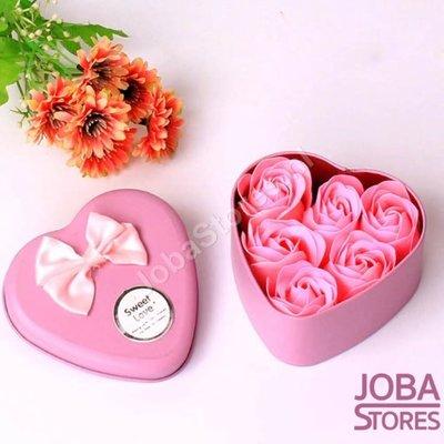 Zeep Roosjes Hart met 6 roosjes (Roze)